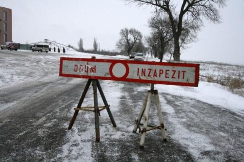drum inchis barlad  Drumul Naţional 24D a fost închis din cauza vântului puternic