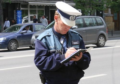 amenda  Primele dosare penale la mopedişti şi amenzi mai mari