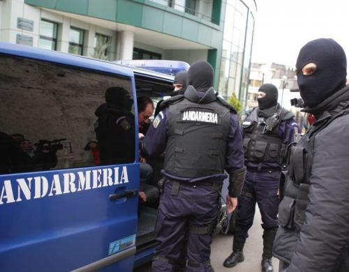 Jandarmeria Romana  Jandarmii au dat amenzi de 20.000 de lei şi avertismente