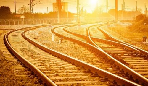viteza trenuri canicula  Viteza trenurilor din cadrul Regionalei Galaţi, redusă din cauza caniculei