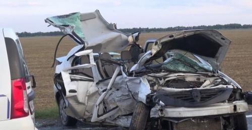 accident cosmesti7 1024x529  VIDEO și GALERIE FOTO: Doi fraţi au murit într-un accident la Doaga