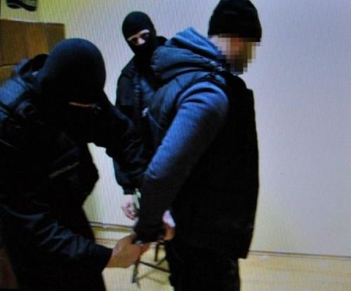 talharie tecuci  Un tâlhar care a jefuit o sală de jocuri din Tecuci a fost prins