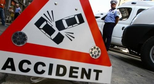 accident tecuci priponesti  Doi bărbaţi au murit în urma unui accident rutier