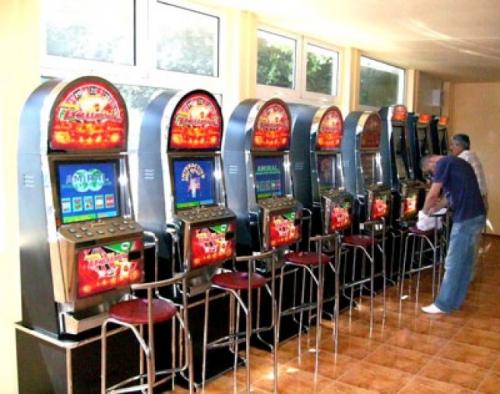 658x0 Re exposure of cazinouri fo  Suntem un mic Las Vegas/ Gălăţenii pierd la păcănele cinci milioane de euro pe an