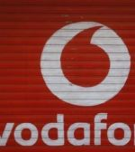 Vodafone: Exista fire secrete care le permit autoritatilor sa ne asculte convorbirile in timp real